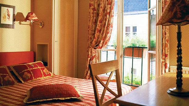 Hotel Londres Eiffel In Paris
